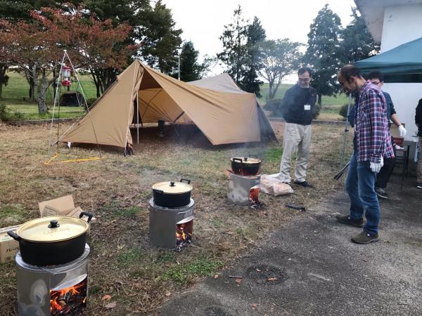 キャンプ火